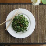 Spinach and Mushroom Slaw with Asian Dressing