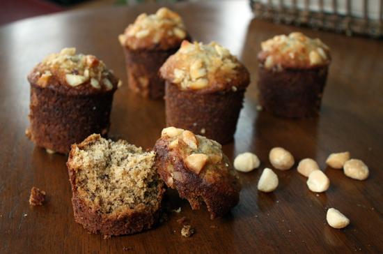 banana-macadamia-muffin.jpg