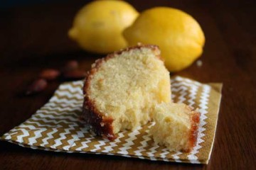 Almond-cake-lemon