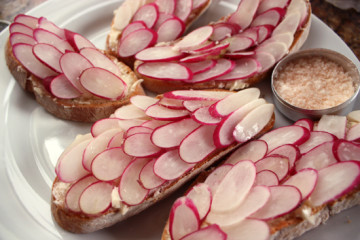 radishes-on-bread