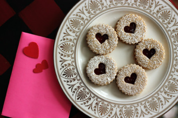 linzer-cookies