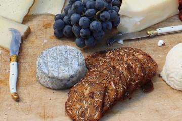 cheese-knives