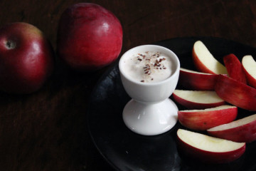 apple-yogurt-dip