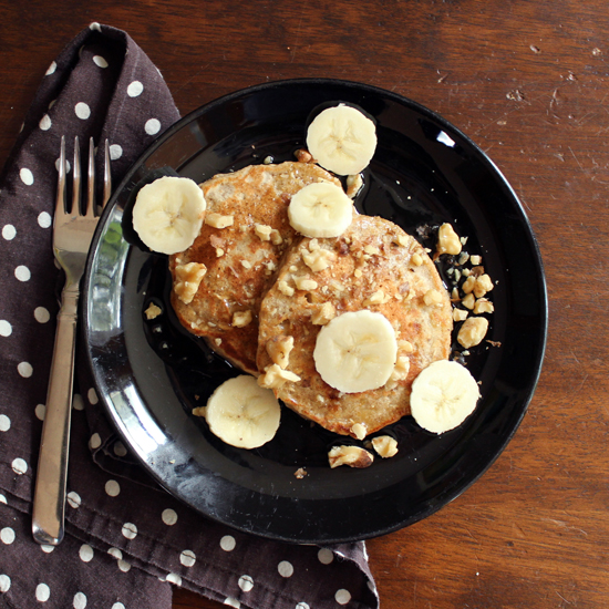 banana-bread-pancakes-sq