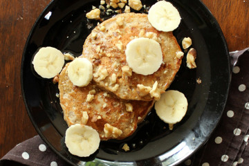 banana-bread-pancakes-feature